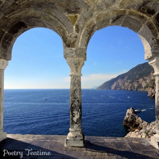 Learn About Italian Poetry